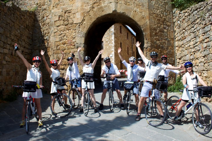 Cicloposse bike tours